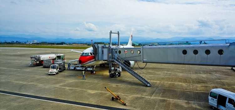 Airplanr flight