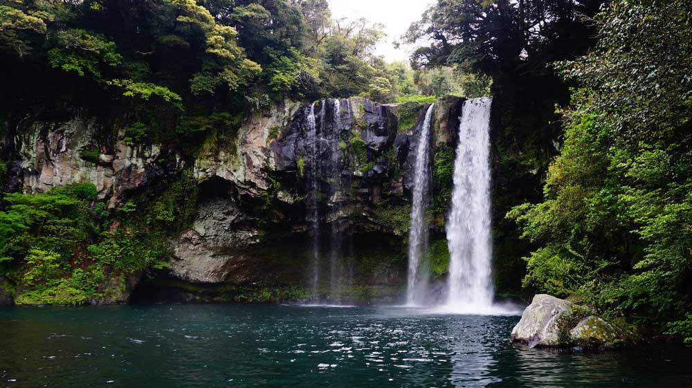 Cheonjiyeon Waterfall - Jeju Island - 7 Reasons Why Tourists Are Enticed in Island of Gods - Jeju Island