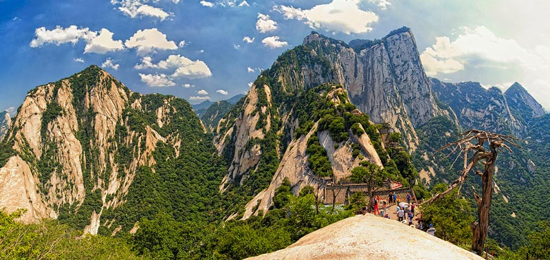 Mount Huashan, China_Weirdest Places for a Romantic Getaway